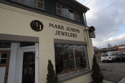 Mark Joseph Jewelers - So many jewelers, so little time! We visited Mark Joseph Jewelers in PIttsfield!