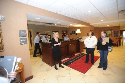 Hampton Inn & Suites, Lenox - Accommodations: Hampton Inn & Suites, Lenox
