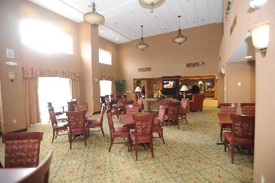 Hampton Inn & Suites, Lenox - A common area for your guests to meet!